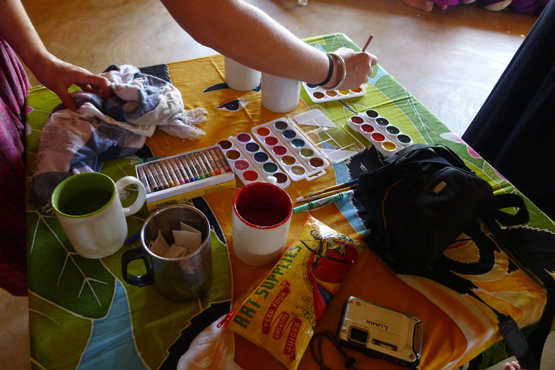 a set of travel paints enabled a painting party with friends in Mexico
